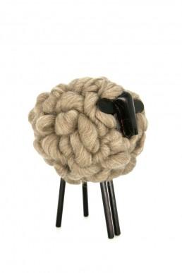 don carlos - yacana - mouton - bois -uruguay - handmade - fait main - décoration - déco - décoration d'intérieur - laine - bois - natural - mérino - animal