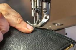 coulisses-leather - cuir - yacana - handmade - pérou - savoir-faire - atelier - haut de gamme