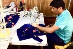 coulisses-yacana paris - yacana - bomber - blouson - jacket - éthique - alpaga - brodé - bleu - fleurs - handmade- handcrafted - éthique - gilet - veste - atelier - confection - hugo