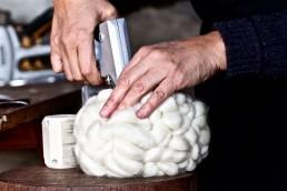 coulisses-don carlos - yacana - mouton - uruguay - handmade - fait main - décoration - déco - décoration d'intérieur - laine - natural - mérino
