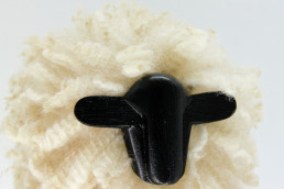 Mouton Déco en laine naturelle de Carlos Clavelli